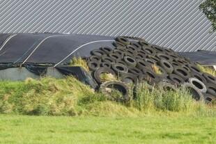 Stop brug af dæk til at holde plastik