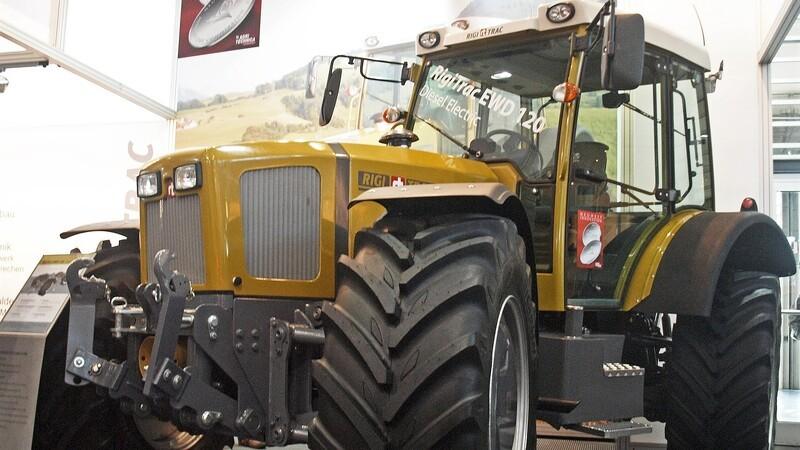Schweizisk traktor kan køre overalt med el-motor
