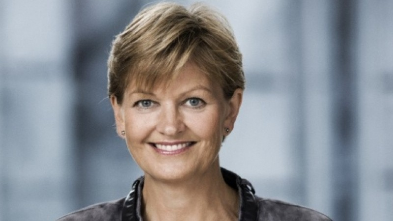Professionelt hornorkester jagter Eva Kjer Hansen