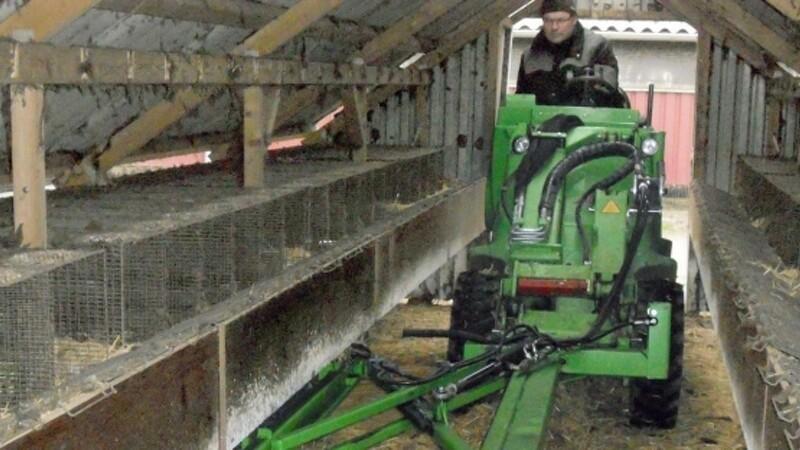 En smal og kompakt maskine - som skabt til minkfarmen