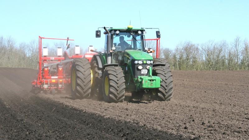 Arbejdsgiverne: Landbruget kan trække mange med op