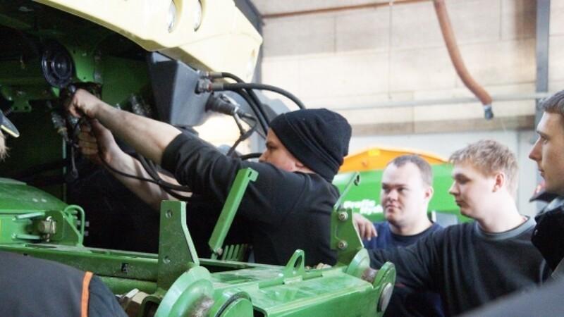 Landbrugselever fik fingre i snitteren