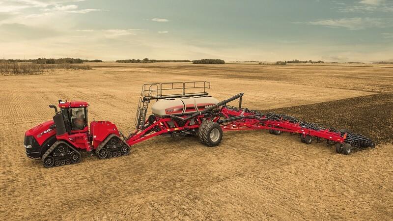 Case IH klar med trinløs transmission på knækstyret traktor