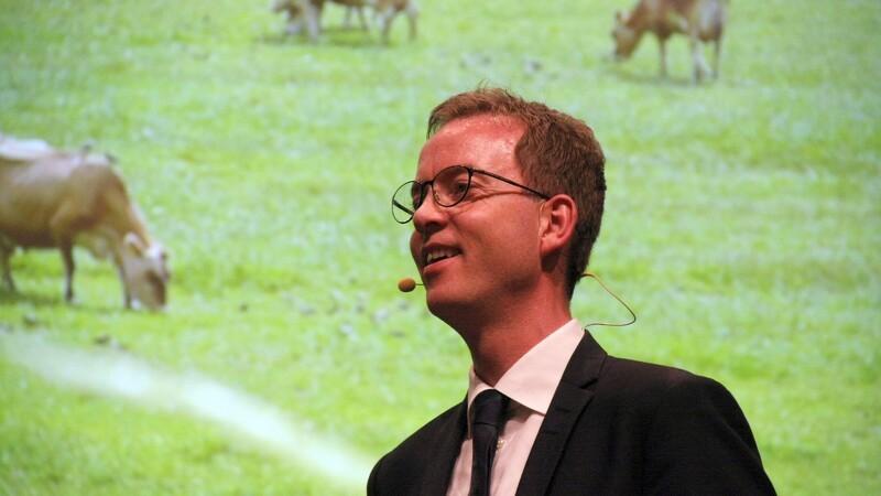 Esben Lunde afviser indblanding i Cowi-rapport