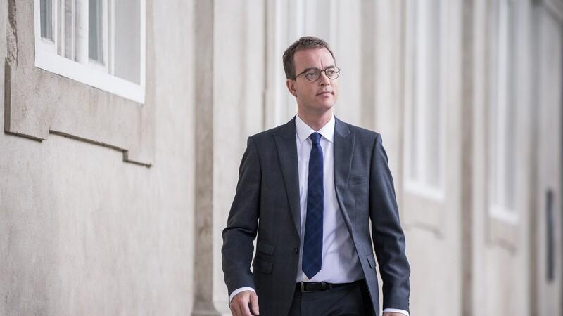 Esben Lunde Larsen glæder sig over faldende antibiotikaforbrug