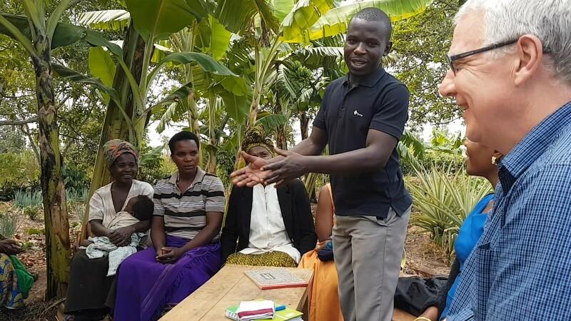 Dansk øko-knowhow hjælper 17.000 småbønder i Uganda