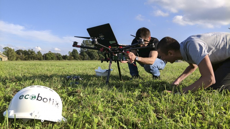 Spred nyttedyr på friland med drone