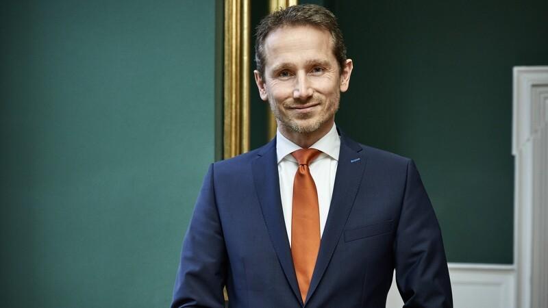 Finansminister Kristian Jensen indvier økologisk biogasanlæg