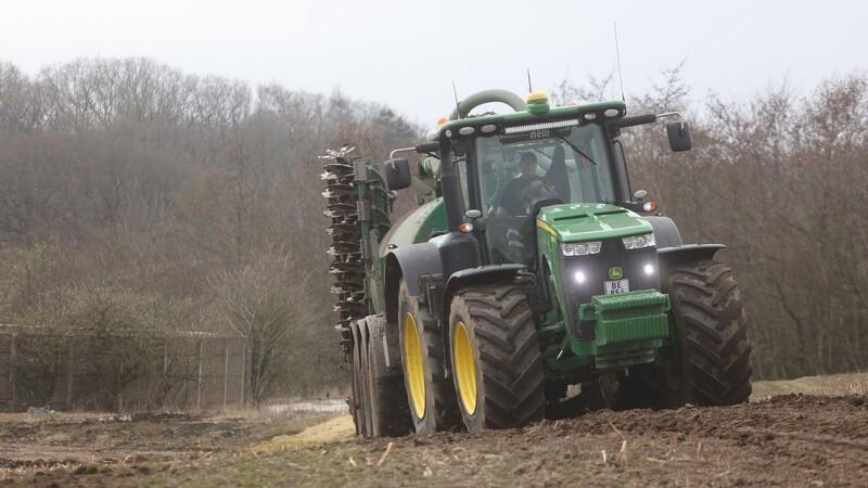 Hver tredje traktor i februar var grøn