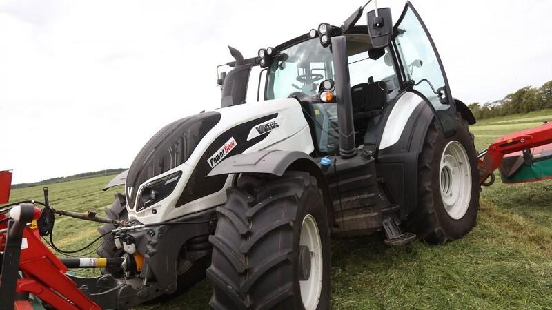 Valtra skifter til bæredygtigt brændstof i nye traktorer