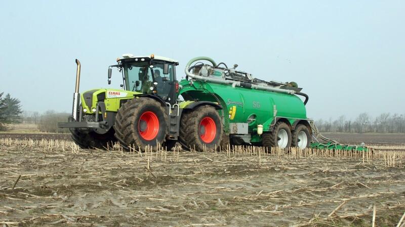 Økologer bruger mere konventionel gødning