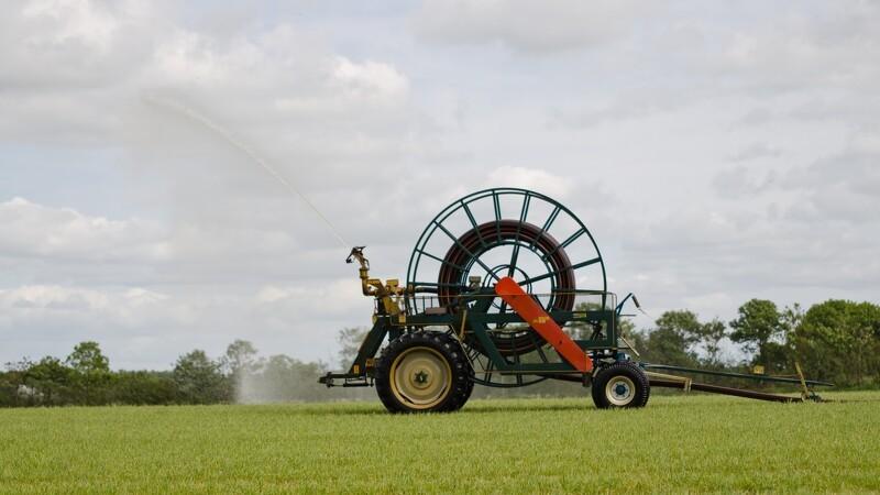 Danskerne: Hjælp landmændene