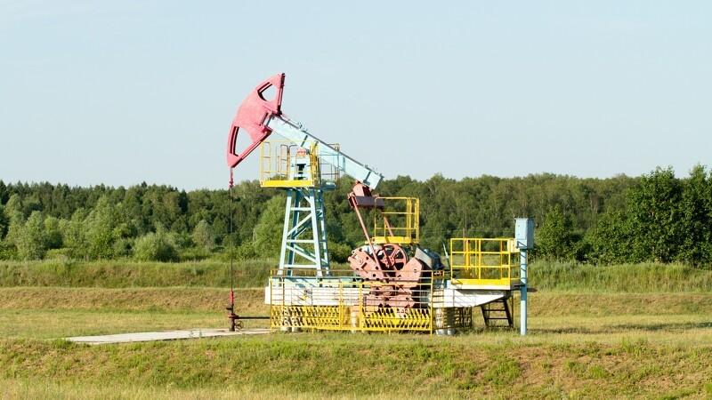 Olieprisen faldt for 12.dag i træk