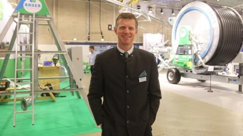 Svensk landmand køber stor pivotvander på Agromek