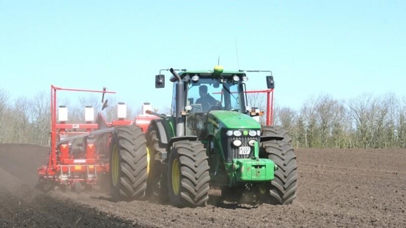 Jordfordeling giver færre landbrugsmaskiner på veje