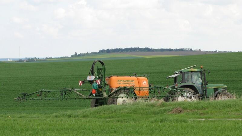 Landmandens sprøjtebevis skal fornyes hvert 4. år
