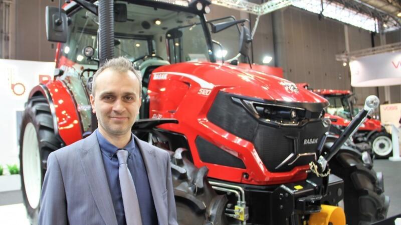 Tyrkisk traktor med flot design og kendt teknik