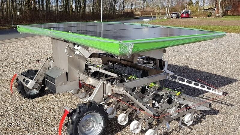 Solcelledrevet robot udskifter hakkejern