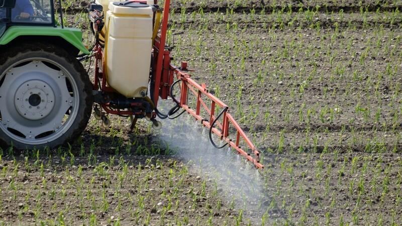 Nu går tyvene efter planteværnsmidler