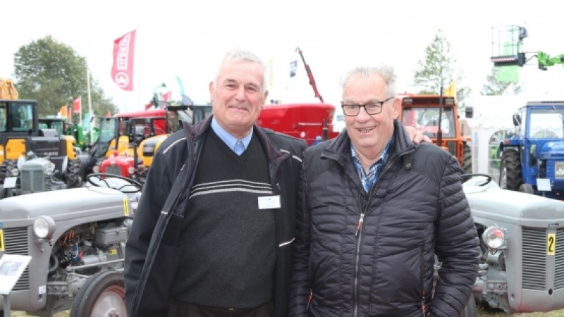 Veterantraktorer i skarp konkurrence på Landsskuet