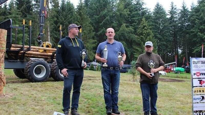 Kennet Birch Vinderslev vinder DM i udkørsel af træ