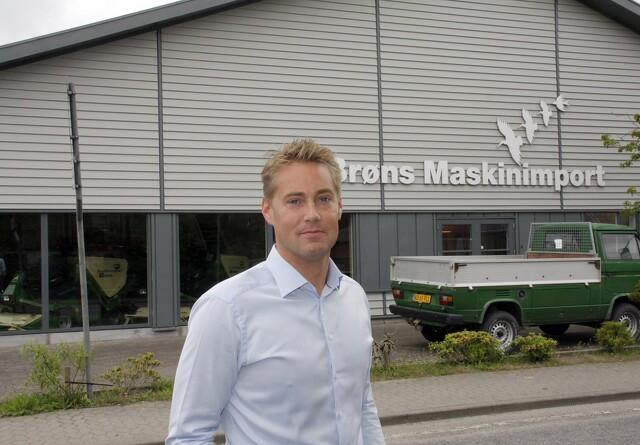 Stor maskinforretning fravælger traktormærke
