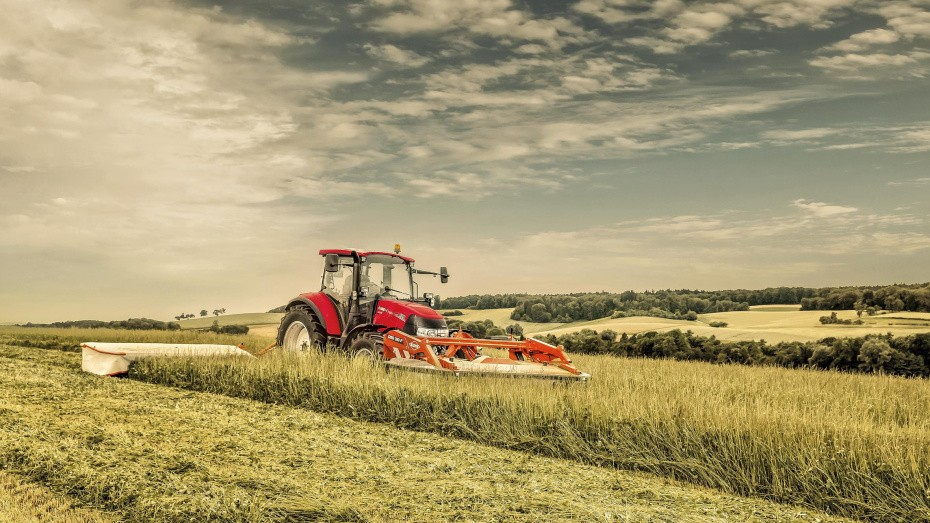 caseih_luxxum_120_mower_combo_052016_at_mg_82001_2362_1574
