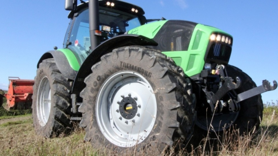 Deutz Fahr med powershift