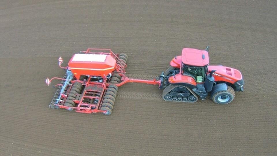 Bælter og dæk på samme traktor