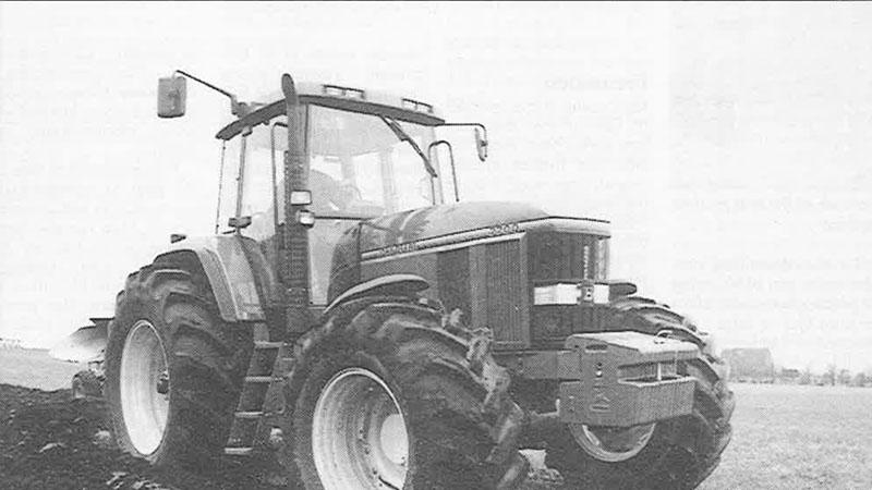 John Deere 7700